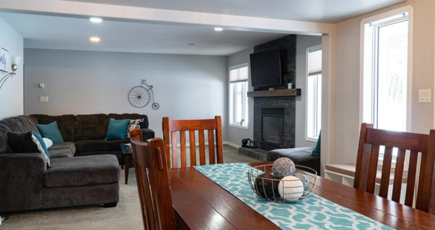 golden bc air b and b living room space